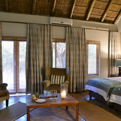 Experience Mabula as a family with inter-leading rooms where children can share a room with 2 three quarter beds