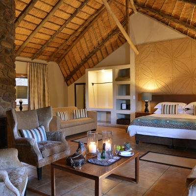 Mabula Game Lodge - Escape the African heat in your cosy lounge